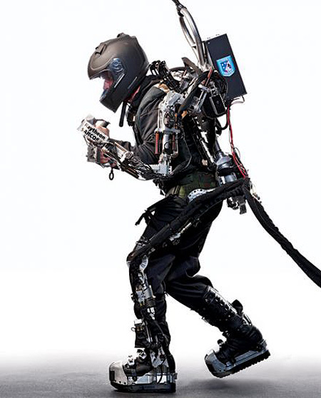 Iron Man 2 - The Military's XOS suit