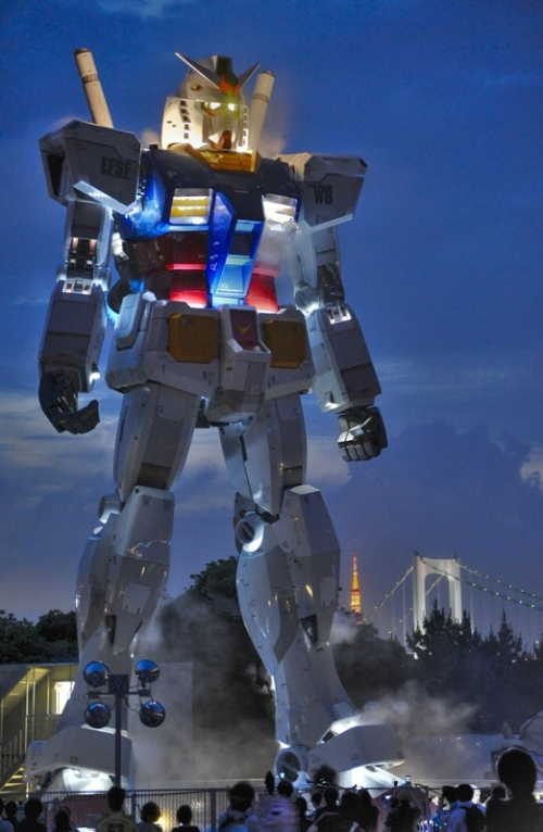 GUNDAM 59 foot tall Gundam