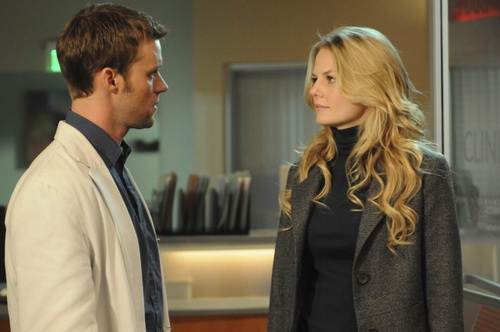 "HOUSE: Chase (Jesse Spencer, L) is forced to revisit his relationship with Cameron (Jennifer Morrison, R) in the HOUSE episode ""Lockdown"""