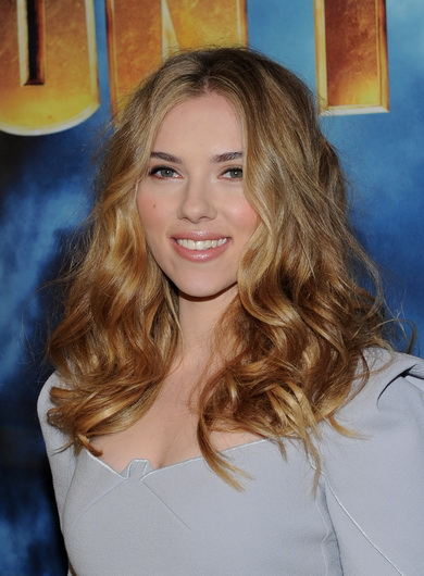 Actress Scarlett Johansson attends the photo call for Paramount Picture's and Marvel Entertainment's