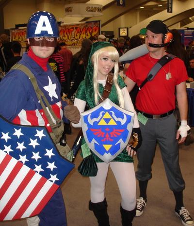 WonderCon 2010 - Costume 03 - classic CAPTAIN AMERICA