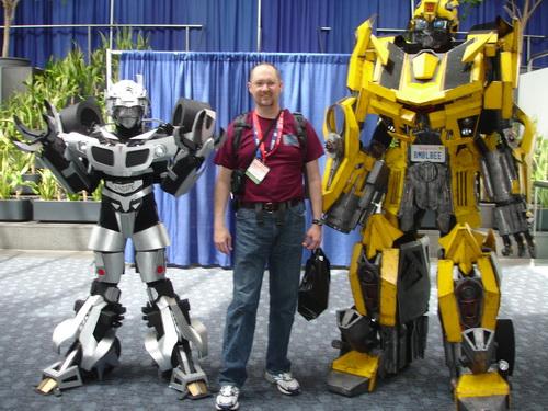 WonderCon 2010 - Transformers visit with Cinema Static
