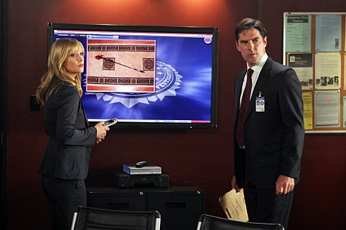 Criminal Minds Season Finale with AJ Cook and Thomas Gibson