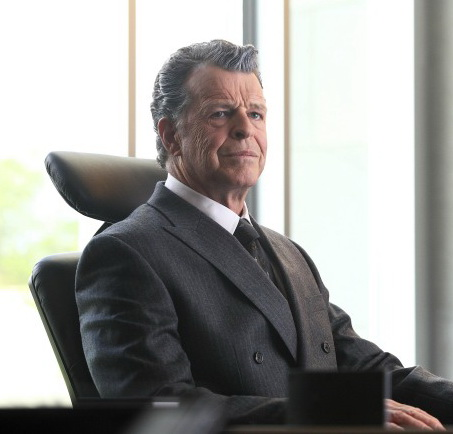 Fringe Walternate played by John Noble