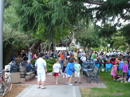 Menlo Park 2010 Summer Concert Series in the Park
