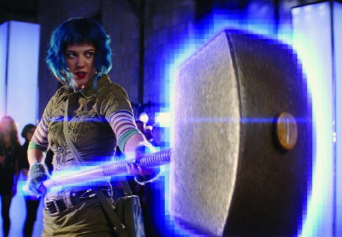 SCOTT PILGRIM Mary Elizabeth Winstead with her THOR Hammer