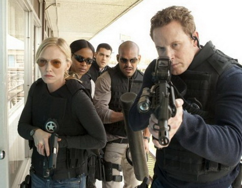 Chase with Kelli Giddish a Cole Hauser