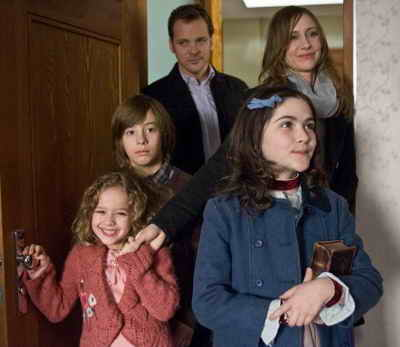 Orphan with Vera Farmiga, Peter Sarsgaard, Isabelle Fuhrman and Aryana Engineer