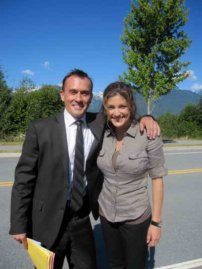 Robert Knepper and Julia Benson from Earth's Final Hours a Syfy Channel Movie