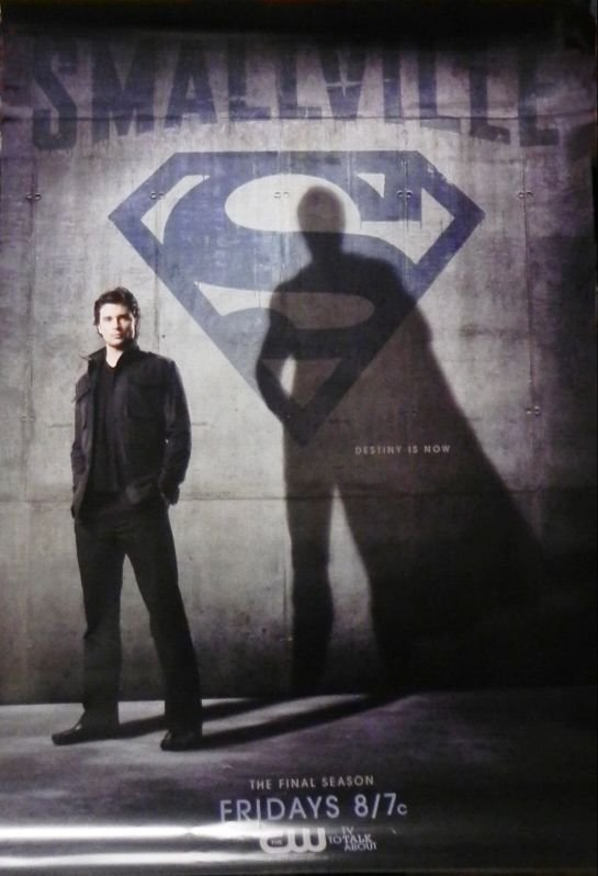 Smallville season 10 promo image - Clark shadow with the Superman cape