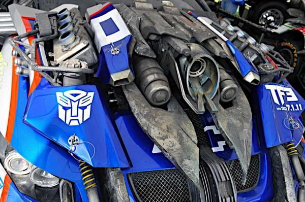 'Transformers' 3 NASCAR Wrecker Topspin No 48 Jimmie Johnson Chevy at the Daytona 500 - cinema static 02p