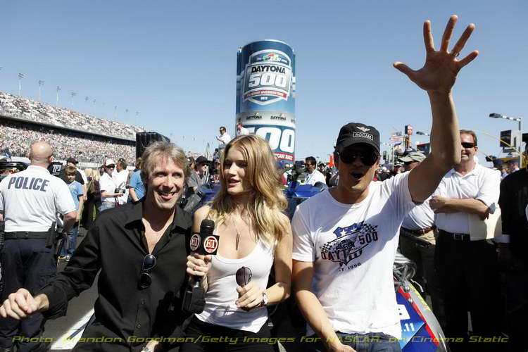 'Transformers 3' Director Michael Bay, actor Josh Duhamel and actress Rosie Huntington-Whiteley pose before the Daytona 500