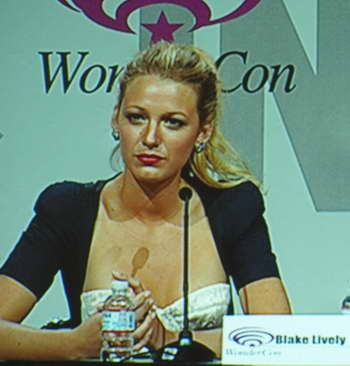 Blake Lively at the GREEN LANTERN WonderCon panel P4016999