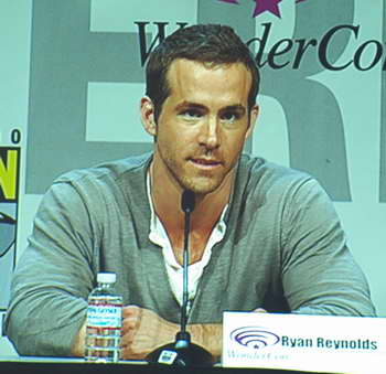 Ryan Reynolds at GREEN LANTERN WonderCon panel P4016981