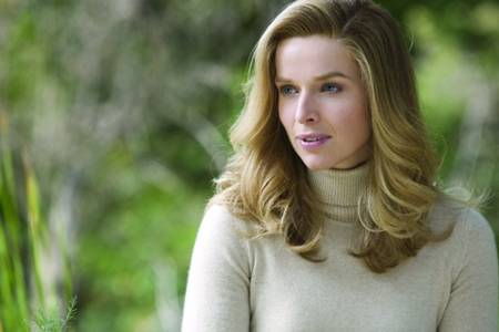 THE AMERICAN, with Thekla Reuten