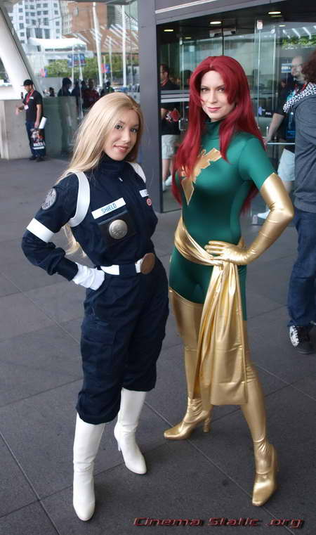 WonderCon Jean Grey and SHIELD agent - P4027063b