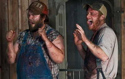 Still of Tyler Labine and Alan Tudyk in 'Tucker & Dale vs Evil'