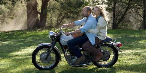 Jason Statham and Yvonne Strahovski in 'Killer Elite'