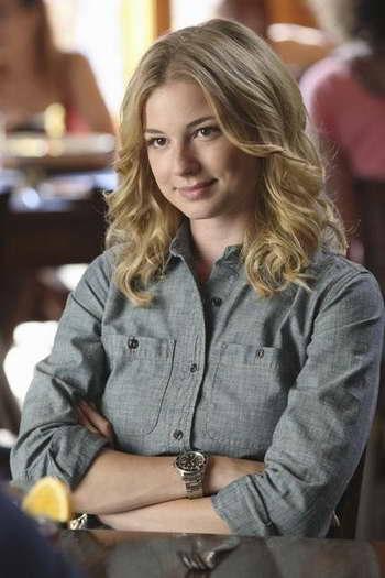 Emily VanCamp in 'Revenge'