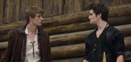 Max Irons and Shiloh Fernandez in Red Riding Hood
