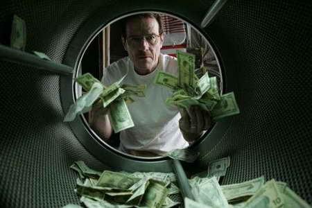 Bryan Cranston in Breaking Bad laundering money