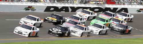 NASCAR Daytona Preseason Thunder - Day 2 Pack Draft Testing