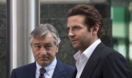 Photo of Robert De Niro and Bradley Cooper in LIMITLESS