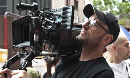 Steven Soderbergh directing in Contagion