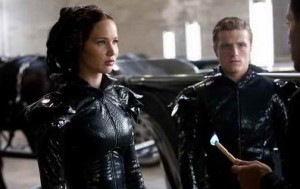 Josh Hutcherson and Jennifer Lawrence in The Hunger Games (movie review)