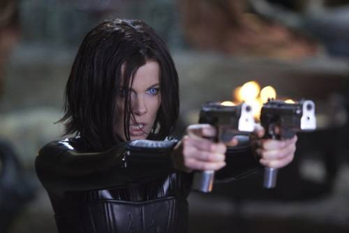 Kate Beckinsale in 'Underworld Awakening' 01, a movie review from Brusimm