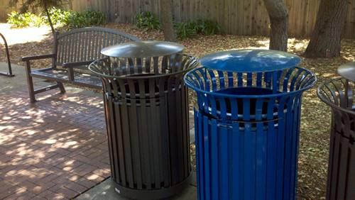 Menlo Park Trash cans