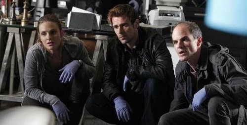Michael Kelly, Beau Garrett and Matt Ryan in 'Criminal Minds Suspect Behavior'