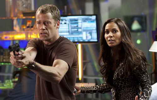 (l-r) Colin Ferguson as Sheriff Jack Carter, Salli Richardson-Whitfield as Allison Blake in Eureka - Season:5