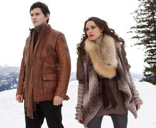 Christian Camargo and Mía Maestro in 'The Twilight Saga Breaking Dawn' - Part 2