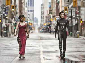 Milla Jovovich and Sienna Guillory in 'Resident Evil Retribution'