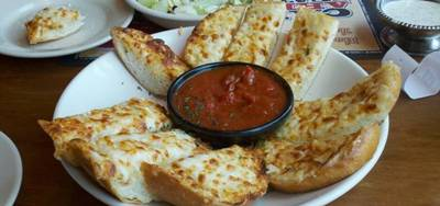The Old Spaghetti Factory in Redwood City - Garlic Bread appetizer