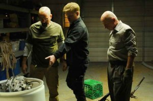 Jonathan Banks, Bryan Cranston, Jesse Plemons in Breaking Bad ep BUYOUT
