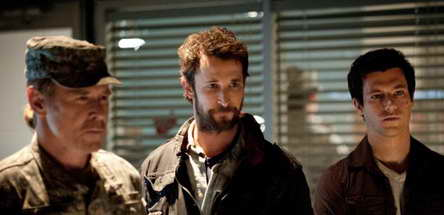 Will Patton, Noah Wyle and Drew Roy in Falling Skies
