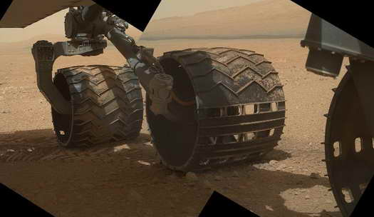 Curiosity on Mars HD Image