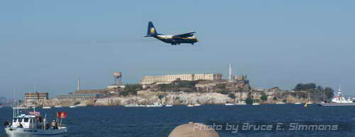 Photo - Fleet Week in the Bay Area, Blue Angels peforming