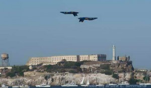 Photo - Fleet Week in the Bay Area, Blue Angels performing over Alcatraz