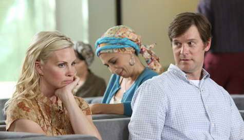 Monica Potter and Peter Krause in Parenthood - breast cancer awareness