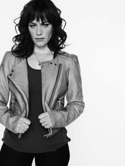 Sons of Anarchy - Maggie Siff as Tara r