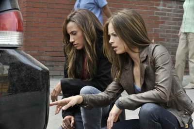 Kristin Kreuk and Nina Lisandrello in Beauty and the Beast TV series