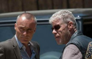 (L-R) Timothy V. Murphy as Galen, Ron Perlman as Clarence 'Clay' Morrow