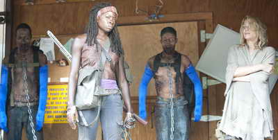 The Walking Dead s3 behind-the-scenes photo - Michonne (Danai Gurira) and Andrea (Laurie Holden)