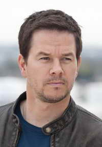 Mark Wahlberg in Contraband
