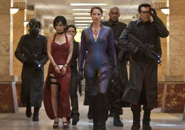 Oded Fehr, Sienna Guillory and Bingbing Li in Resident Evil Retribution, movie review