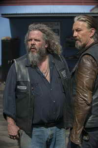 Tommy Flanagan and Mark Boone in Sons of Anarchy 5th season finale