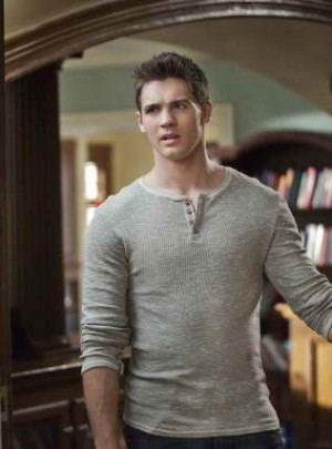 Steven R McQueen as Jeremy in 'The Vampire Diaries'